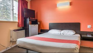 Photo 12: Hotel/Motel with property in Cache Creek, BC in Cache Creek: Business with Property for sale