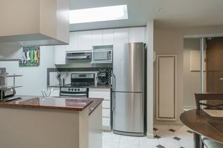 """Photo 9: 804 1050 BURRARD Street in Vancouver: Downtown VW Condo for sale in """"WALL CENTRE"""" (Vancouver West)  : MLS®# R2309129"""