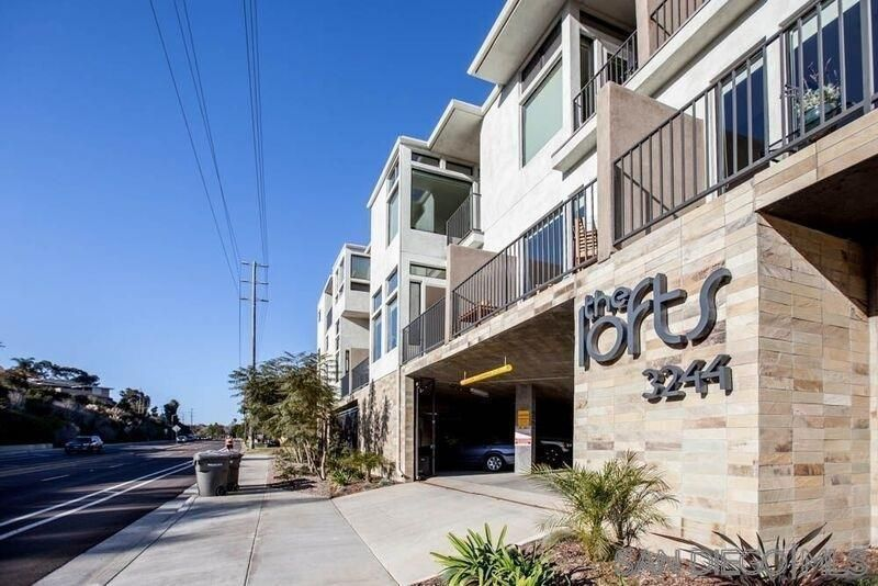 Main Photo: POINT LOMA Condo for rent : 1 bedrooms : 3244 Nimitz Blvd. #7 in San Diego