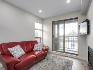 """Photo 8: 401 688 E 16TH Avenue in Vancouver: Fraser VE Condo for sale in """"VINTAGE EASTSIDE"""" (Vancouver East)  : MLS®# R2223422"""