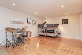 Photo 16: 7414 ECHO PLACE in Parklane: Champlain Heights Townhouse for sale ()  : MLS®# R2439756