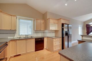 Photo 1: 212 SIMCOE Place SW in Calgary: Signal Hill Semi Detached for sale : MLS®# C4293353