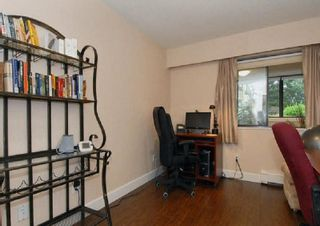 """Photo 8: 202 1368 FOSTER Street: White Rock Condo for sale in """"Kingfisher"""" (South Surrey White Rock)  : MLS®# R2042311"""
