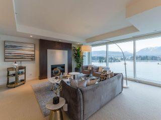 Photo 7: 902 1139 W CORDOVA Street in Vancouver: Coal Harbour Condo for sale (Vancouver West)  : MLS®# R2542938