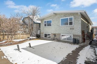 Main Photo: 628 15 Street NW in Calgary: Hillhurst Detached for sale : MLS®# A1087619