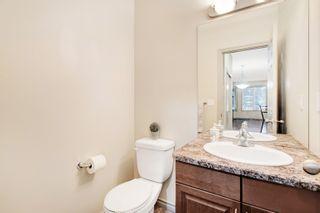 Photo 7: 3 10640 81 Avenue in Edmonton: Zone 15 House Half Duplex for sale : MLS®# E4261792