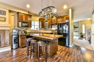 Photo 6: 16620 60TH Avenue in Surrey: Cloverdale BC 1/2 Duplex for sale (Cloverdale)  : MLS®# R2063363