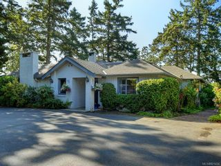 Photo 7: 825 Towner Park Rd in North Saanich: NS Deep Cove House for sale : MLS®# 821434