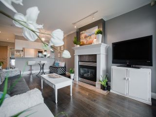 """Photo 8: 303 1226 HAMILTON Street in Vancouver: Yaletown Condo for sale in """"GREENWICH PLACE"""" (Vancouver West)  : MLS®# R2056690"""