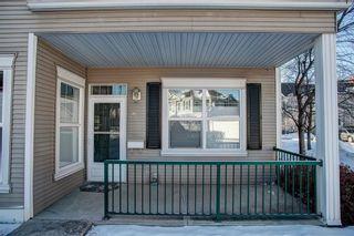 Photo 2: 139 Prestwick Garden SE in Calgary: McKenzie Towne Row/Townhouse for sale : MLS®# C4225387