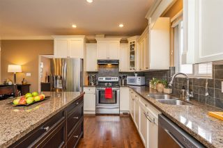 """Photo 5: 35685 ZANATTA Place in Abbotsford: Abbotsford East House for sale in """"Parkview Ridge"""" : MLS®# R2299146"""