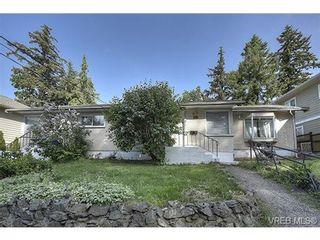 Photo 2: 612/614 Strandlund Ave in VICTORIA: La Langford Proper Full Duplex for sale (Langford)  : MLS®# 730715