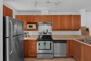 """Photo 7: 304 3727 W 10TH Avenue in Vancouver: Point Grey Townhouse for sale in """"FOLKSTONE"""" (Vancouver West)  : MLS®# R2617811"""
