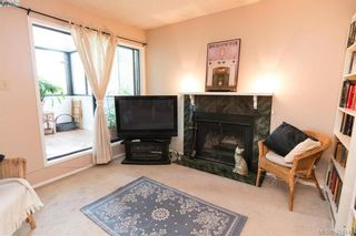 Photo 3: 204 1619 Morrison St in VICTORIA: Vi Jubilee Condo for sale (Victoria)  : MLS®# 790776