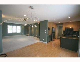 Photo 3: 1170 41ST Ave in Vancouver East: Home for sale : MLS®# V708669