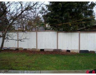 Photo 8: 12523 77A Avenue in Surrey: West Newton House for sale : MLS®# F2804225