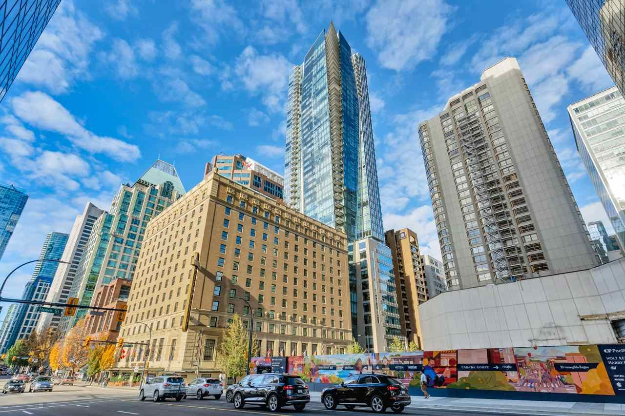 Main Photo: 3903 667 HOWE STREET in Vancouver: Downtown VW Condo for sale (Vancouver West)  : MLS®# R2493374