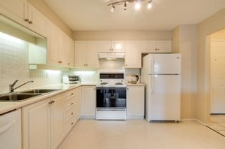 Photo 5: 312 33731 MARSHALL Road in Abbotsford: Central Abbotsford Condo for sale : MLS®# R2609186