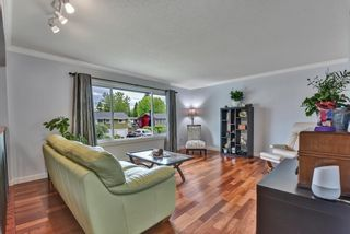 Photo 5: 1729 WARWICK AVENUE in Port Coquitlam: Central Pt Coquitlam House for sale : MLS®# R2577064