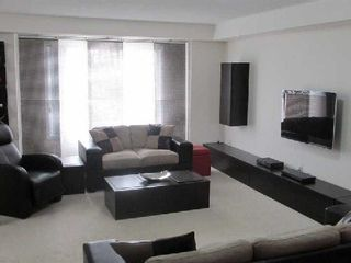 Photo 3: 1 3025 Destination Drive in Mississauga: Central Erin Mills Condo for lease : MLS®# W2739536