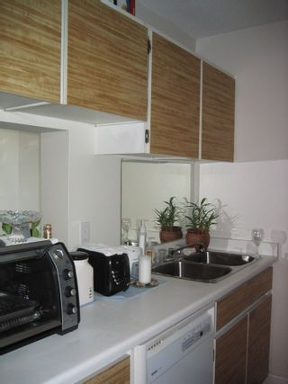 Photo 6: 1211 2008 FULLERTON Ave in North Vancouver: Home for sale : MLS®# V798980