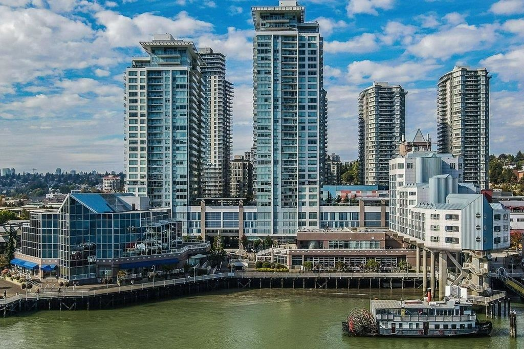 """Main Photo: 605 908 QUAYSIDE Drive in New Westminster: Quay Condo for sale in """"Riversky"""" : MLS®# R2621794"""