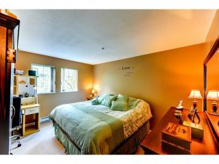 """Photo 4: 305 1199 WESTWOOD Street in Coquitlam: North Coquitlam Condo for sale in """"THE CRESCENT"""" : MLS®# V1052565"""