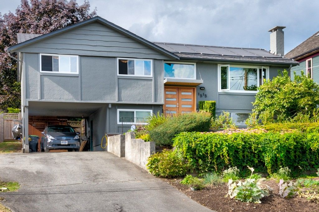 "Main Photo: 1515 NANAIMO Street in New Westminster: West End NW House for sale in ""WEST END"" : MLS®# R2208006"