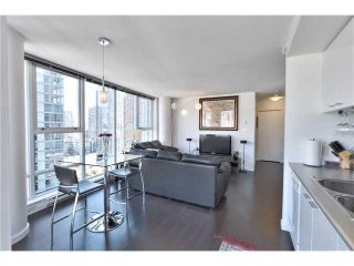 "Photo 3: 1105 668 CITADEL PARADE in Vancouver: Downtown VW Condo for sale in ""SPECTRUM 2"" (Vancouver West)  : MLS®# V1057187"