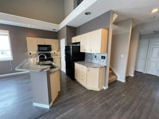 Photo 3: 28 4821 TERWILLEGAR Common in Edmonton: Zone 14 Townhouse for sale : MLS®# E4227289