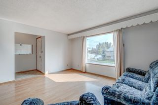 Photo 2: 4564 7 Avenue SE in Calgary: Forest Heights Row/Townhouse for sale : MLS®# A1146777