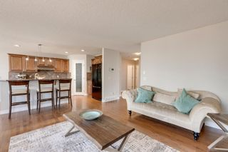 Photo 10: 20 Rockyledge Crescent NW in Calgary: Rocky Ridge Detached for sale : MLS®# A1123283