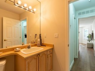 """Photo 27: 305 1150 LYNN VALLEY Road in North Vancouver: Lynn Valley Condo for sale in """"The Laurels"""" : MLS®# R2496029"""