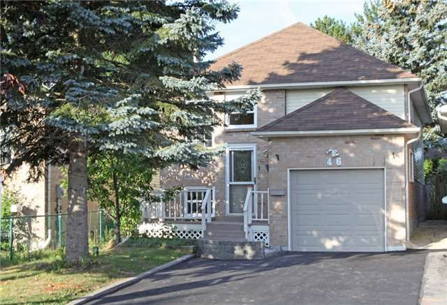 Main Photo: 46 Firwood Ave in Clarington: Courtice Freehold for sale : MLS®# E4240329