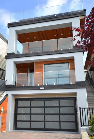 Photo 19: 15531 COLUMBIA Avenue: White Rock House for sale (South Surrey White Rock)  : MLS®# R2012260