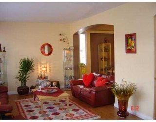 Photo 2: 11145 236TH Street in Maple_Ridge: Cottonwood MR House for sale (Maple Ridge)  : MLS®# V659695
