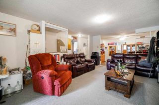 Photo 3: 1412 - 1414 CLIFF Avenue in Burnaby: Sperling-Duthie House for sale (Burnaby North)  : MLS®# R2588128