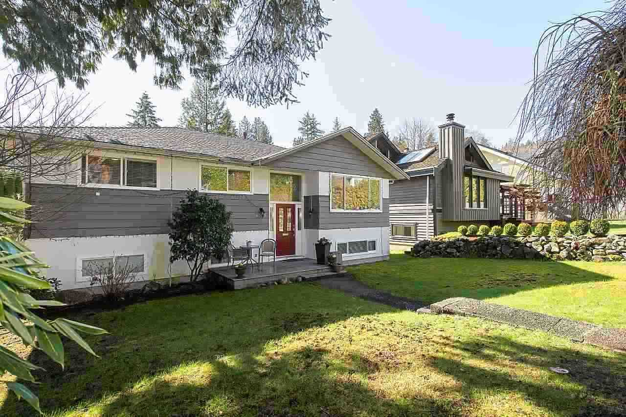 Main Photo: 4373 CLIFFMONT Road in North Vancouver: Deep Cove House for sale : MLS®# R2454650