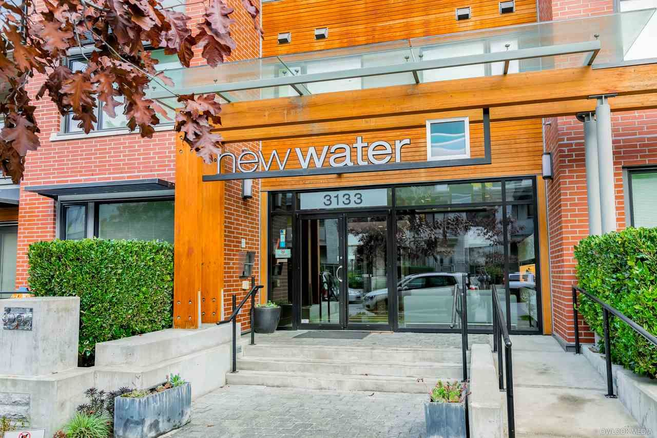 """Main Photo: 402 3133 RIVERWALK Avenue in Vancouver: South Marine Condo for sale in """"NEW WATER"""" (Vancouver East)  : MLS®# R2419191"""