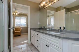 Photo 12: 31680 AMBERPOINT Place in Abbotsford: Abbotsford West House for sale : MLS®# R2452368