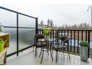 """Photo 5: 87 19525 73 Avenue in Surrey: Clayton Townhouse for sale in """"Uptown"""" (Cloverdale)  : MLS®# R2448579"""
