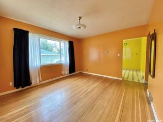 Photo 9: 301 1st Avenue West in Dinsmore: Residential for sale : MLS®# SK867279