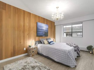 "Photo 13: 304 270 W 3RD Street in North Vancouver: Lower Lonsdale Condo for sale in ""Hampton Court"" : MLS®# R2220368"