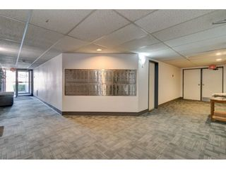 """Photo 4: 101 1341 GEORGE Street: White Rock Condo for sale in """"Oceanview"""" (South Surrey White Rock)  : MLS®# R2600581"""