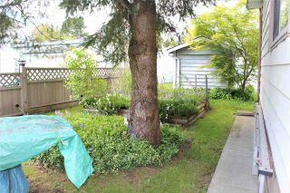 """Photo 3: 18 145 KING EDWARD Street in Coquitlam: Maillardville Manufactured Home for sale in """"MILL CREEK VILLAGE"""" : MLS®# R2575848"""