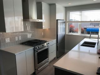 "Photo 6: 212 1496 CHARLOTTE Road in North Vancouver: Lynnmour Condo for sale in ""The Brooklynn"" : MLS®# R2569312"