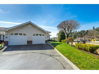 """Photo 2: 27 1973 WINFIELD Drive in Abbotsford: Abbotsford East Townhouse for sale in """"BELMONT RIDGE"""" : MLS®# R2560361"""