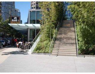 Photo 10: # 4203 1111 ALBERNI ST in Vancouver: Condo for sale : MLS®# V836772