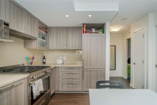 """Photo 11: 2001 5470 ORMIDALE Street in Vancouver: Collingwood VE Condo for sale in """"WALL CENTRE"""" (Vancouver East)  : MLS®# R2583172"""