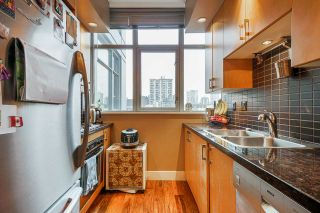 Photo 15: 801 1050 SMITHE STREET in Vancouver: West End VW Condo for sale (Vancouver West)  : MLS®# R2527414